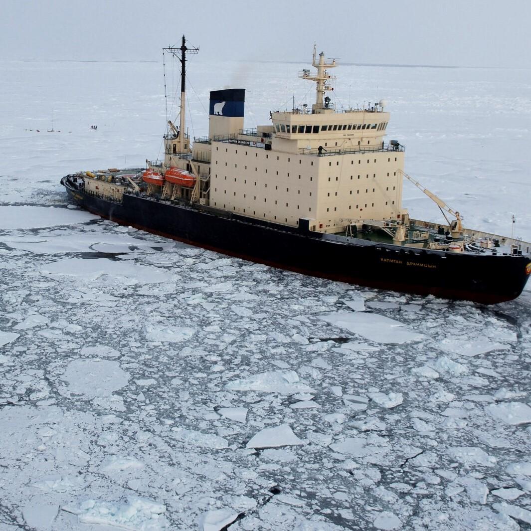 Emotie en wetenschap als tegenpolen in 'Onder het ijs'